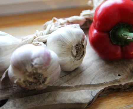 Kiszony czosnek – od uroku i na zdrowie