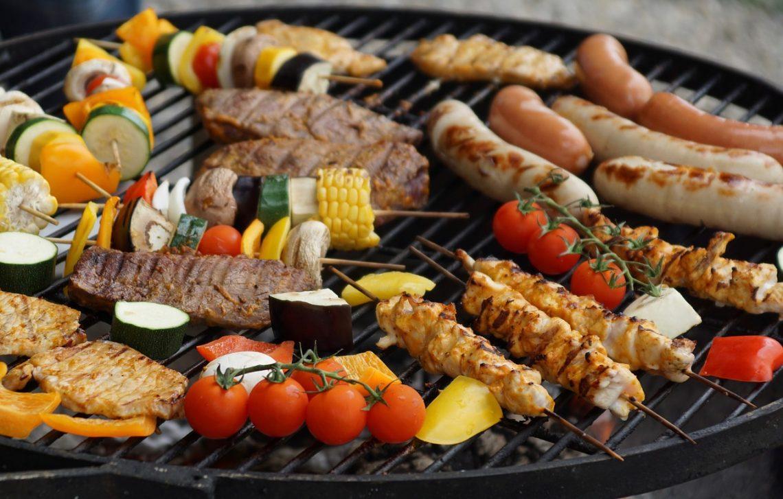Grill gazowy, węglowy czy elektryczny? Jaki grill wybrać?
