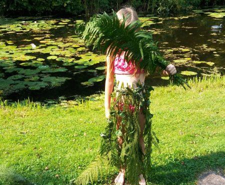 Suknia z liści